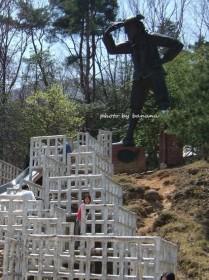 ガリバー青少年旅行村 ガリバー像
