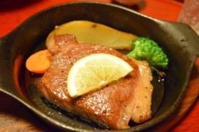 黒川温泉 奥の湯 食事(あか牛ステーキ)