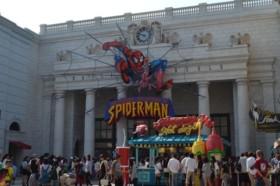 子供も大好きスパイダーマンザライド