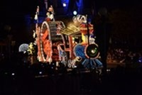 大阪発東京ディズニーランド旅行 夜パレード