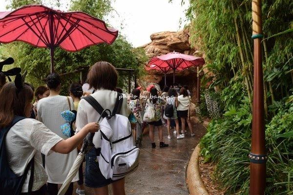 6月平日雨の日 ディズニーシー混雑 アリエルグリーティング