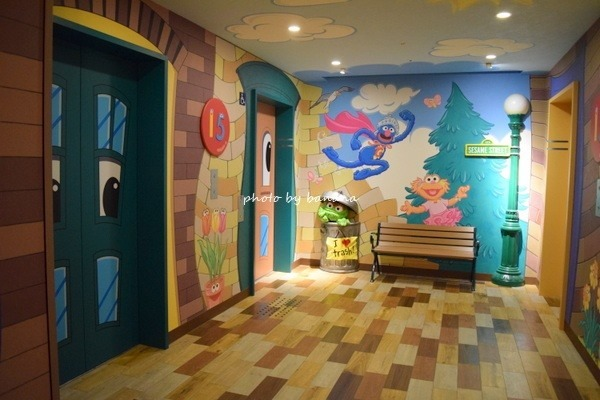 USJ周辺ホテル近鉄ユニバーサルシティのセサミのお部屋「ユニバーサル・ワクワク・ハッピーフロア」口コミブログ