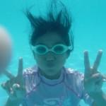 子供と沖縄で海水浴