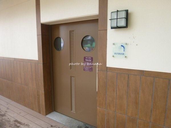 淡路島洲本・大浜海水浴場 更衣室