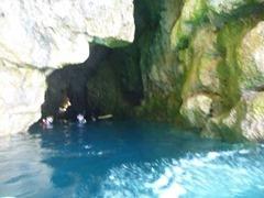 3歳と一緒の青の洞窟シュノーケルツアー