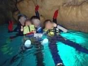 3歳と青の洞窟シュノーケル