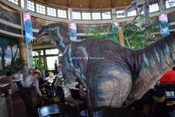 子供とUSJ 恐竜が出てくるレストラン